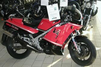 Yamaha YZF R6  Day 2006