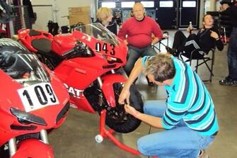 /bildergalerie-ducati-4u-superbike-wm-nuerburgring-2010-4749