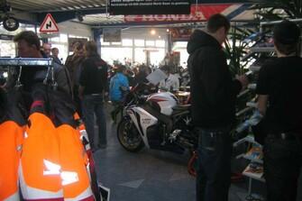 /bildergalerie-honda-supersporttag-2009-bei-motorrad-kreiselmeyer-2748
