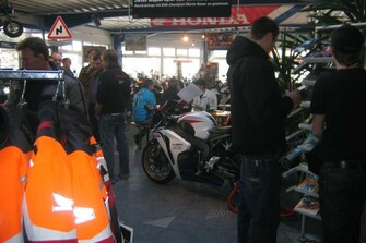 /galleries-honda-supersporttag-2009-bei-motorrad-kreiselmeyer-2748