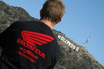 /galleries-honda-mk-mueller-t-shirt-around-the-world-10675