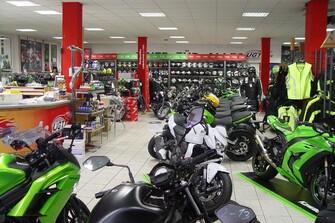 UGT - Zweirad-Center-Lörrach  Große Auswahl an Motorrädern und Bekleidung