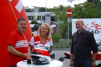 2Rad-Tech mit Ducati bei Porsche in Darmstadt 25.08.2012