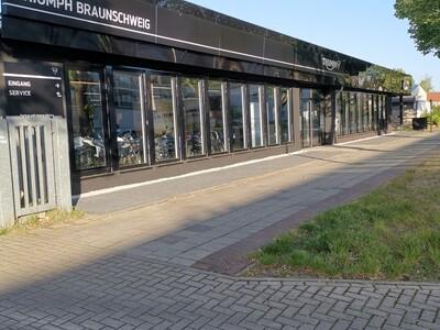 Triumph Braunschweig Innenwelt anzeigen
