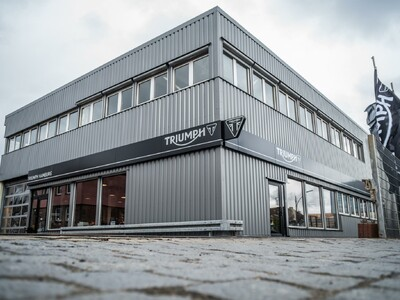 Triumph Black World anzeigen