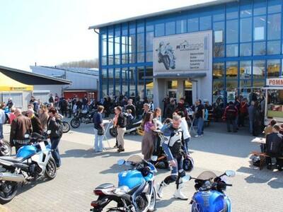 Biker's Day & Yamaha live 2012 anzeigen