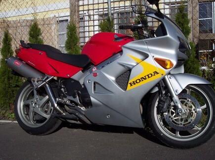 HONDA VFR 800 FI um 5490 €