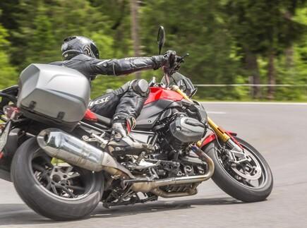 Powernakedbikes 2017 in den Alpen - Highbike Testcenter Ischgl