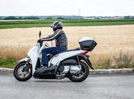 The Italian Style: Der Honda SH300I