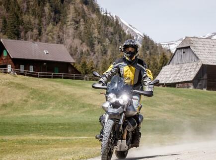 Reiseenduro Vergleichstest 2019: Moto Guzzi V85 TT
