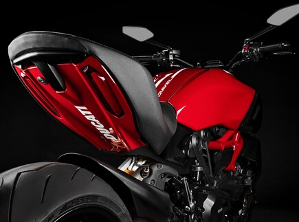 Ducati Diavel 1260S Red 2020
