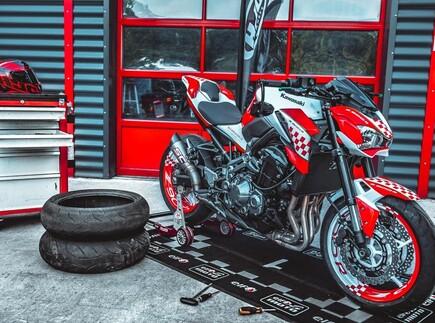 Z900R BikerWorld Edition