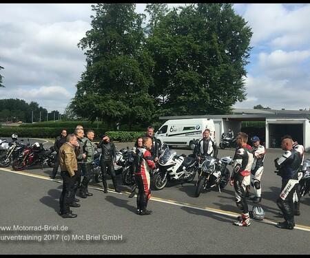 Motorrad Briel Kurventraining