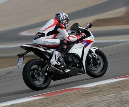 Superbike Vergleichstest Honda cbr 1000 RRFireblade