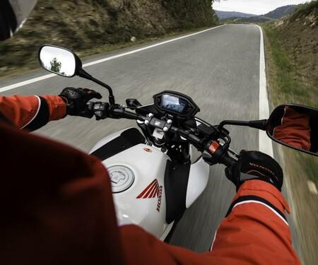 Honda CB500F Actionfotos