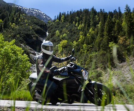Ducati Diavel 1200 Cromo