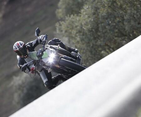 Kawasaki Z1000 2014 Action