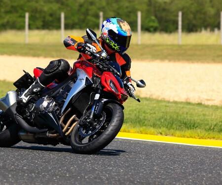 Kawasaki Z1000 2014 -Pannoniaring