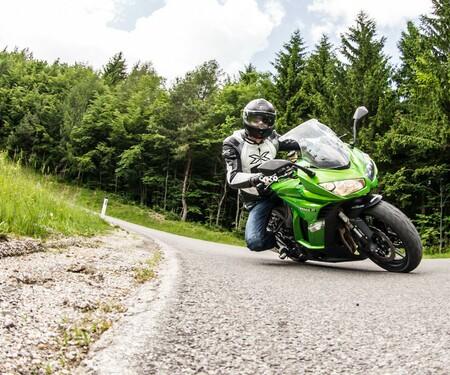 Kawasaki Z1000SX Test | Stunts, Action, Fahraufnahmen