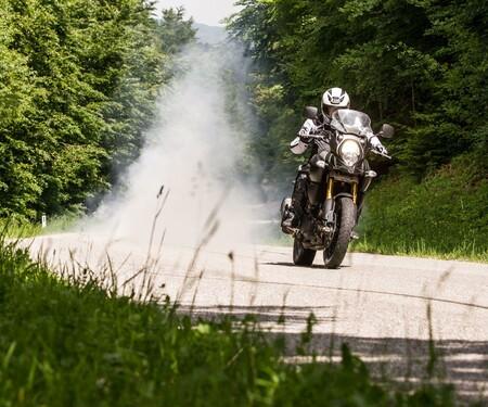 Suzuki V-Strom 1000 Test | Stunts, Action, Fahraufnahmen