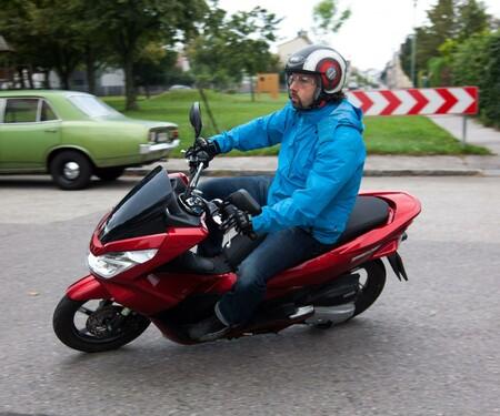 Honda PCX 125 2014 Test