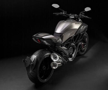 Ducati Diavel Titanium 2015 - der Power-Cruiser in edler Ausführung