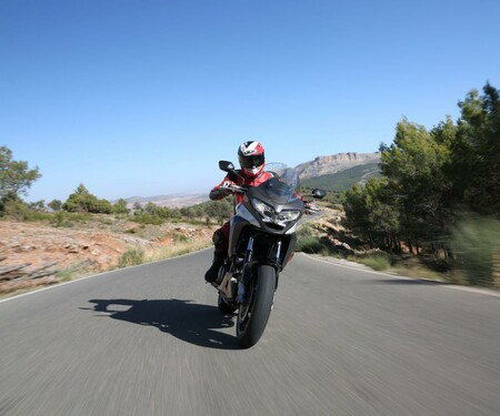 Honda Crossrunner 2015 Test