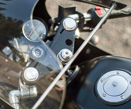 Moto Guzzi V7 von Brad