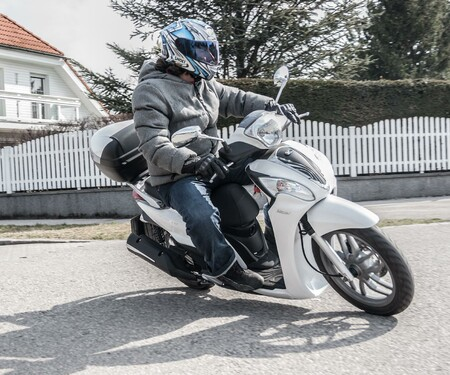 Kymco People One 125 Test 2015