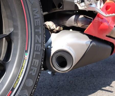 Fotos von der Ducati 1299 Panigale S beim 1000er Vergleich