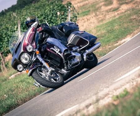 Harley-Davidson CVO Limited Test 2015