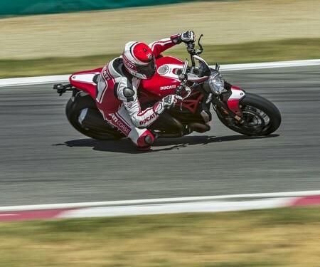 Ducati Monster 1200 R Modellnews 2016