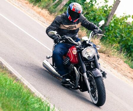Moto Guzzi EldoradoTest 2015