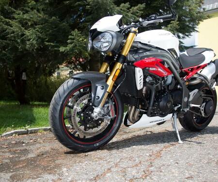 Motorrad-Quartett: Triumph Speed Triple