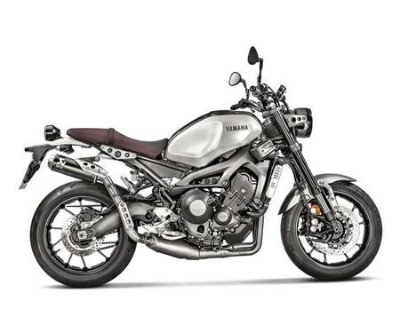 Akrapovič Racing Line Titan mit schwarzem Endtopf fuer Yamaha XSR900