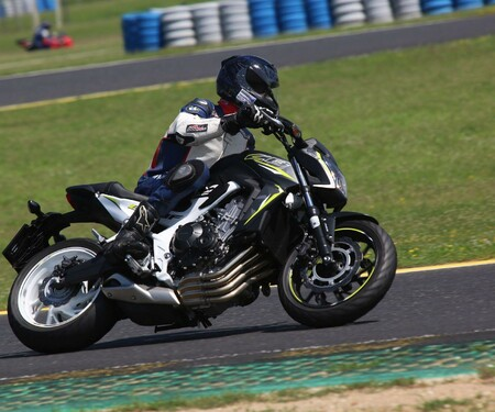Honda CB650F Details und Eindrücke vom Pannonia Ring