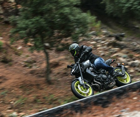 Yamaha MT-09 Test 2017