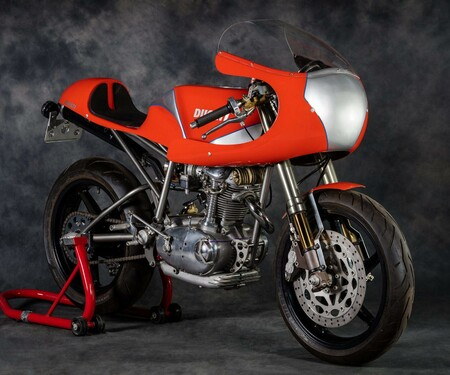 DUCATI CONDOR RACER BY BEVELTECH