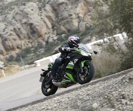 Kawasaki Ninja 650 Test 2017 in Spanien