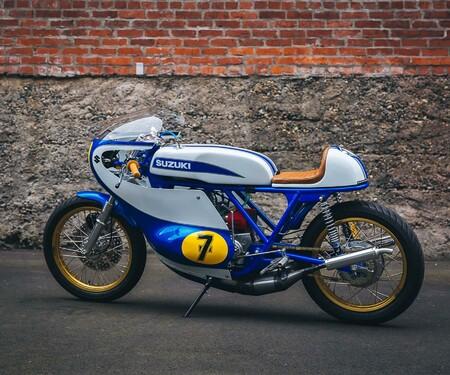 No.7 Suzuki T500 Road Racer