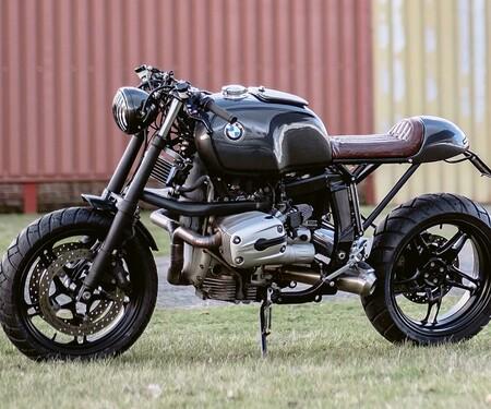 BMW R1100S Umbau von Moto Adonis