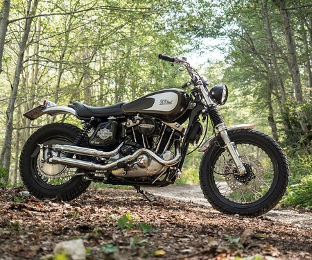 Harley Davidson Scrambler Umbau von Officine Rossopuro