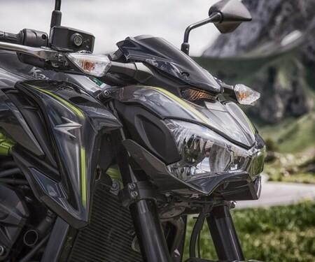 Kawasaki Z Ausfahrt mit miisses_black und blackforestrider