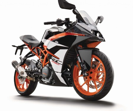 KTM RC 390 2017 - Street Bike mit Racing Genen