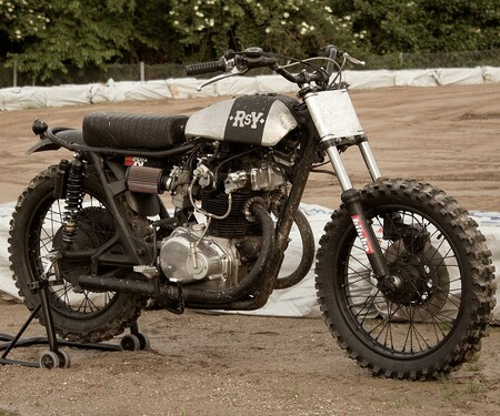 Rusty Quattroemmezzo Honda CB450 von Anvil Motociclette