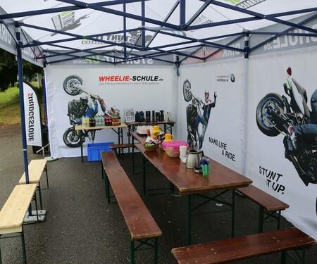 Wheelyschule Dirk Manderbach - NastyNils drückt die Schulbank