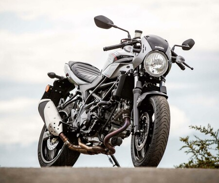 Retrobike 2018 Vergleich: Suzuki SV650X