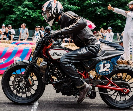 Indian Scout FTR1200 Custom siegt beim Renndebüt