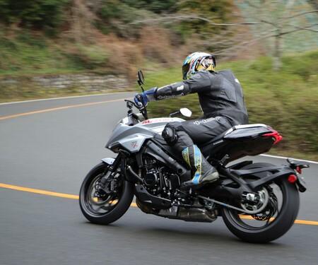 Suzuki GSX-S1000S Katana 2019 Test
