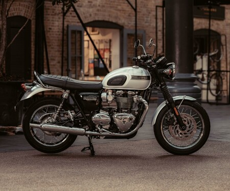 Triumph Bonneville T120 Ace und Diamond 2019